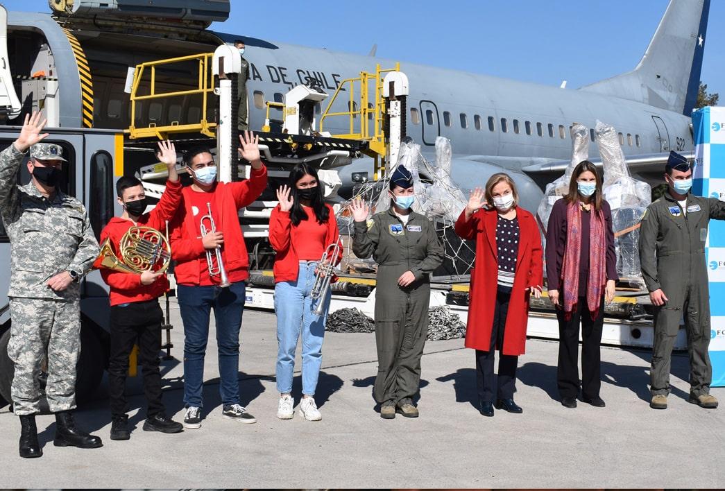 FOJI envió más de 384 kilos de instrumentos musicales a Aysén con el apoyo de FACH